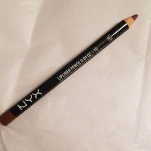 NYX Makeup - 5/25 bundle. NYX lipliner pencil